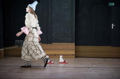 De-onzichtbare-man-6-Theater-Artemis-©-Kurt-Van-der-Elst-.jpg.jpg