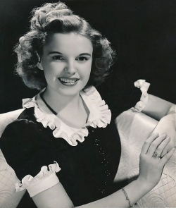Judy-Garland2